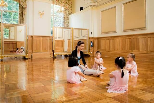Helena May Ballet Class